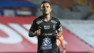 Chapito Montes, de León, en el Estadio Victoria