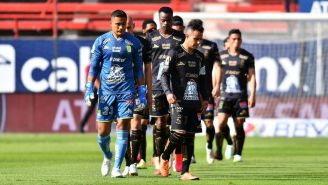 Jugadores de León en un partido