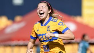 Katty Martínez en festejo de gol