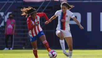 Atlético de San Luis vs Chivas Femenil en partido