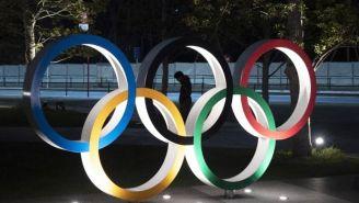Aros Olímpicos en una calle de Tokio