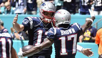 Brady junto a Brown con los Pats