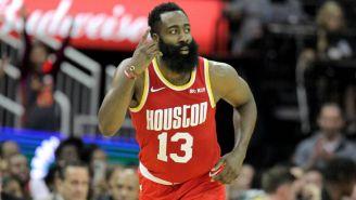 Harden en partido de la NBA
