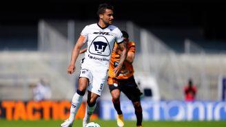 Andrés Iniestra durante un partido con Pumas