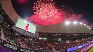 Afición disfruta victoria del Mazatlán FC en el Kraken