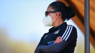 Mónica Vergara en partido de Liga MX Femenil