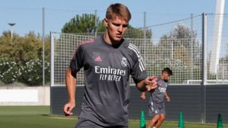 Martin Odegaard en un entrenamiento del Real Madrid
