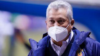 Vucetich observa un partido de Chivas