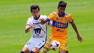 Pumas vs Tigres en partido