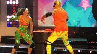 Tinieblas Jr. y Macky González en programa de baile
