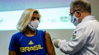 Proceso de vacunación en atletas de Brasil