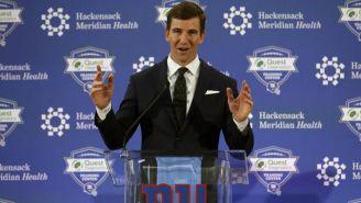 Eli Manning, en conferencia con los medios