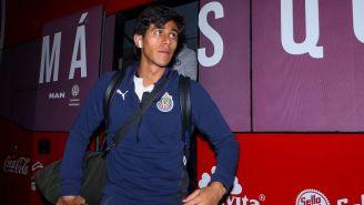 JJ Macías llegando al estadio