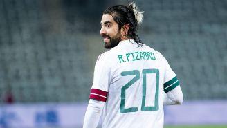 Pizarro, en acción con el Tri