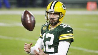 Aaron Rodgers en un partido con los Packers