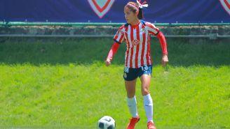 Joseline Montoya en acción con Chivas