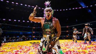 Triplemanía XXIX: Psycho Clown retuvo la máscara y despojó de su cabellera a Rey Escorpión