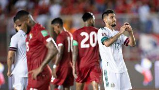 Tecatito Corona celebra gol del empate ante Panamá