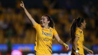 Katty Martínez en un partido con Tigres