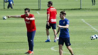 Michel Leaño en práctica con Chivas