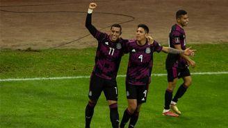 Rogelio Funes Mori en el festejo de su gol