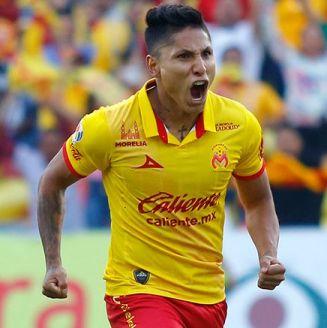 Ruidíaz festeja un gol contra Pumas