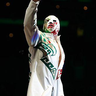 Dr. Wagner Jr. antes de su lucha en Triplemanía XXV