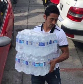 Toledo llega al centro de acopio con agua