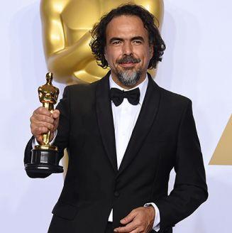Alejandro González Iñárritu presume un premio Oscar
