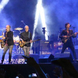 El Zócalo se llenó para el concierto gratuito de Caifanes