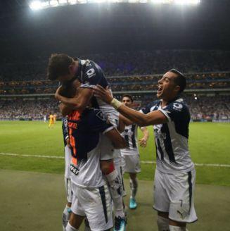 Monterrey festeja liderato indiscutible tras derrotar a Tigres