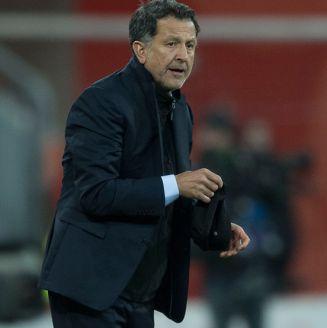 Juan Carlos Osorio en un partido del Tri