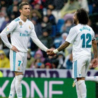Cristiano Ronaldo se lamenta junto a su compañero Marcelo