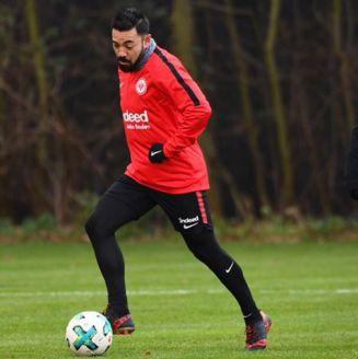 Marco Fabián, durante entrenamiento con el @MarcoFabian_10