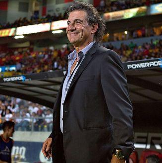 Rubén Omar Romano previo a un partido de Xolos