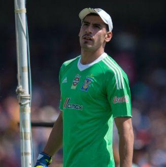 Nahuel Guzmán, en el juego entre Pumas y Tigres en CU