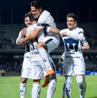 Pumas festeja gol de Cubo Torres contra Lobos BUAP