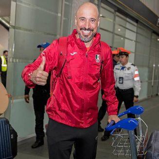 Germán Madrazo a su llegada al aeropuerto de la CDMX