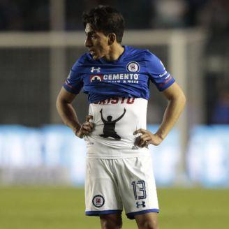 Ángel Mena se lamenta tras la derrota frente a Querétaro