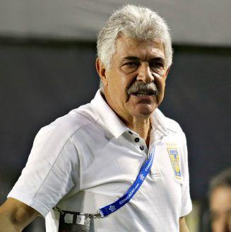 Tuca, durante un partido de la Concachampions