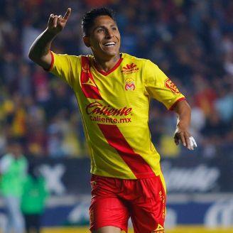 Raúl Ruidíaz festeja un gol con Morelia en el Clausura 2018