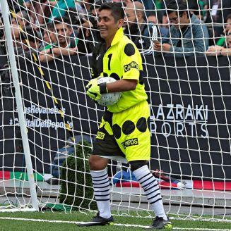Jorge Campos durante un partido amistoso