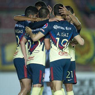 Jugadores del América celebran gol en Concachampions