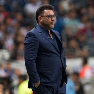 Antonio Mohamed, durante un juego de Rayados