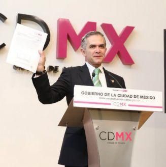 Miguel Ángel Mancera anuncia su solicitud como Jefe de Gobierno