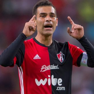 Rafa Márquez durante el partido contra Chivas