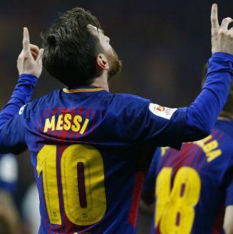 Messi señala al cielo como parte de su celebración