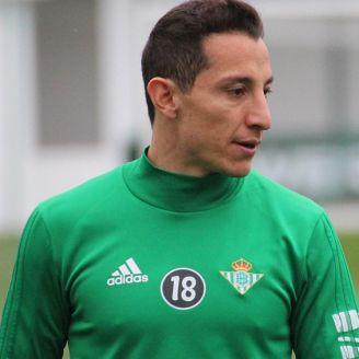 Guardado, durante un entrenamiento con Betis