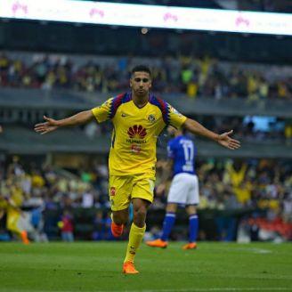 Cecilio Domínguez festeja gol