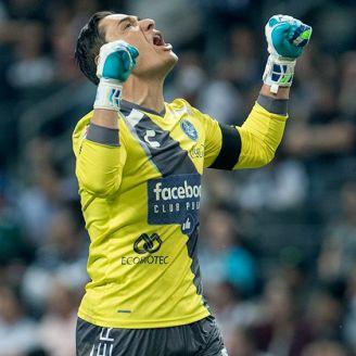 Muñoz celebra un gol del Puebla